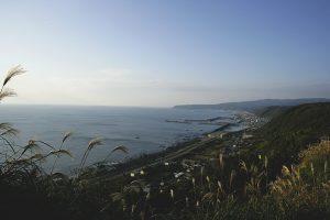 室戸スカイラインから見た太平洋と町並みの景色、気分は爽快。