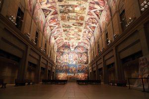 システィーナ・ホール:ミケランジェロ「システィーナ礼拝堂天井が及び壁画」、 ミケランジェロが描いた天井画と壁画を原寸大で完全再現