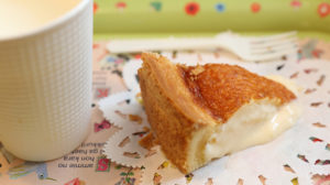 地元のミルクたっぷりの人気のチーズケーキ